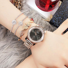 цена на Luxury Crystal Dial Qaurtz Ladies Watch Fashion Lovers' Watches Creative Women Watches Bracelet  Relogio Feminino Dropshipping
