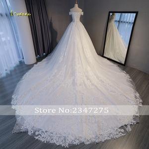 Image 2 - Loverxu robe de mariée trapèze en dentelle avec des Appliques, robe de mariée de luxe, col bateau et perles, Sexy, 2020