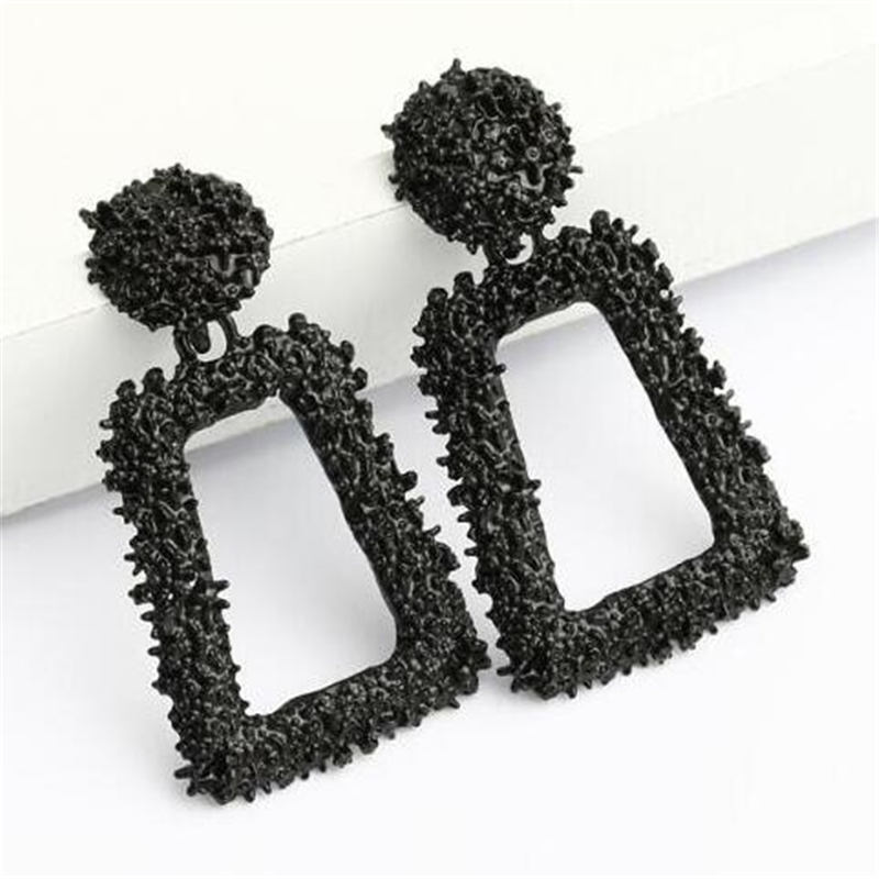 Fashion Earrings for Women Gold Silver Black Red Statement Stud Earring Alloy Earing Jewelry Accessories