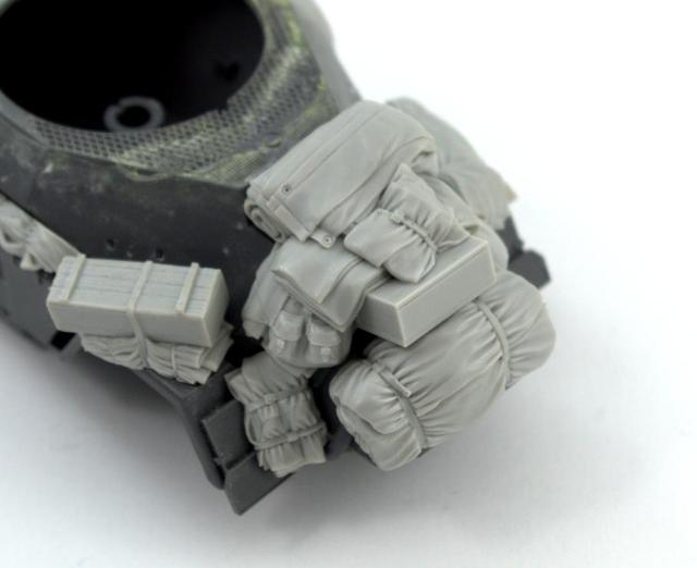 1/35 Resin Figure Model Kit Unassambled Unpainted B149(NO CAR) 4