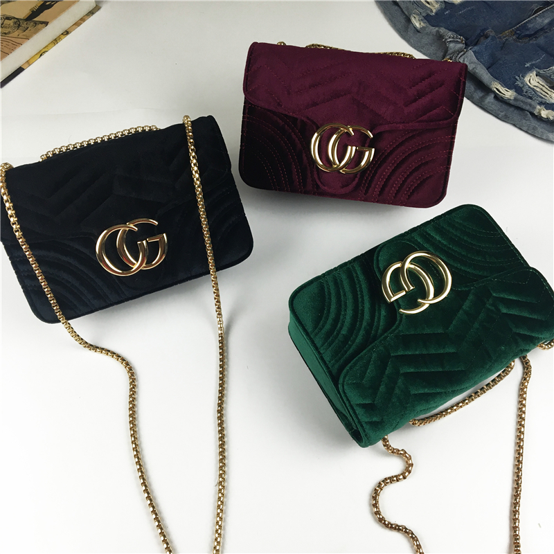Female bag 2017 new autumn and winter goose down Lingge chain bag fashion shoulder Messenger bag velvet small square package стоимость