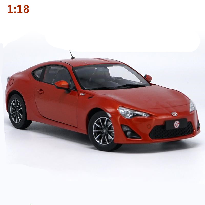 High simulation TOYOTA 86 collection model 1:18 advanced alloy model car,diecast metal model toy vehicle,free shipping цена