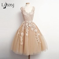 Fashion Champagne Lace Knee Length Graduation Short Dress Appliques Homecoming Dress Junior High Graduation Dresses A097