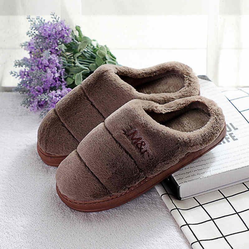 Casa de zapatillas de interior de los hombres antideslizante caliente casa zapatillas de suela gruesa zapatillas chaussons de piel caliente Furry zapatillas de invierno de peluche de juguete