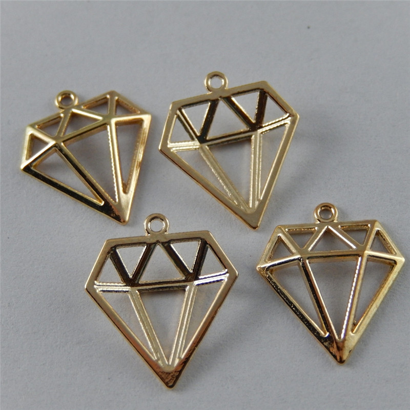 40pcs/pack  Gold Hollow Triangle Alloy Charms Earrings  Pendant fashion jewelry finding making Necklace bracelet 16*14*2mm 38930