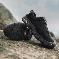 QZHSMY Hiking Shoes Men Clorts 2018 Light For Adult Climbing Shoes Male Black Lace Up Winter