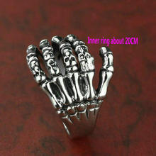 Cross border skull ring titanium steel skeleton hand titanium steel ring ghost hand ring r006 7 skull shaped stylish titanium steel ring silver us size 6