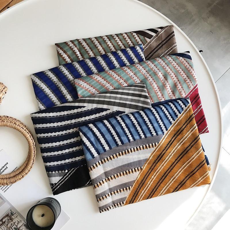 2018 New Cotton Geometry Silver Foil Pattern Fringe Scarves Shawls Women Geometric Hijab Muffler 5 Color Wholesale 10pcs/lot