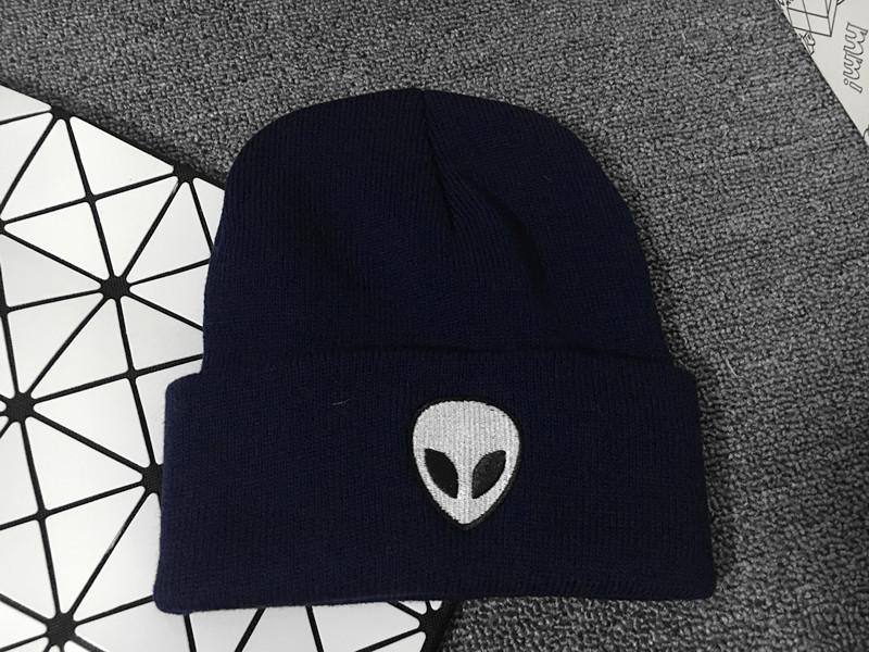 2019 cotton Alien pattern Thicken knitted hat winter warm hat Skullies cap beanie hat for men and women 29
