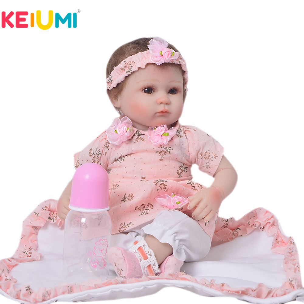 купить KEIUMI Lifelike 17'' 42 cm Baby Alive Girl Doll Cloth Body Stuffed Reborn Doll Toy For Toddler Birthday Gift Kids Bedtime Play по цене 3178.2 рублей