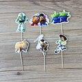 NOVO 24 pçs/lote 6 Designs Toy Story Tema Topper Picaretas Do Queque Dos Desenhos Animados Temáticos Favores da Festa de Aniversário Decorações Do Partido Crianças Evnent