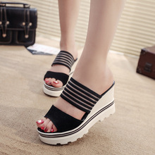 Kadın yazlık terlik Takozlar Platformu Slaytlar Kadın Siyah Yükseklik Artan Sandalet Kadın Açık Ayak Yüksek Topuk Ayakkabı SH021804