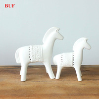 BUF 2Pcs/Set Modern Abstract White Horse Statue Ceramic Ornaments Home Decoration Accessories Gift Geometric Ceramic Sculpture