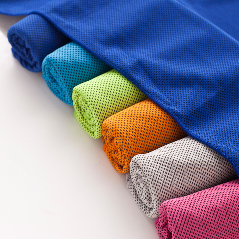 Cooling Sports Towel Review: Multi Color Cooling Snap Towel Outdoor Sports Sweat