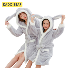 Купить с кэшбэком Family Look Mother Daughter Flannel Robe Fleece Bathrobe Matching Winter Outfits Baby Girls Pajamas Kids Sleepwear Mommy Clothes