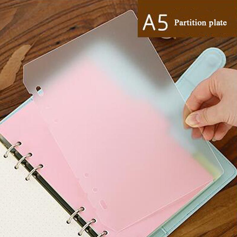 5 Pcs/Lot Transparent Matte A5 A6 Loose-leaf Notebook Inner Page Divider Board PVC Divider Board Office&School Supplies 5 sheets pack a5 a6 loose leaf index paper category page sakura separator separation divider page for notebook