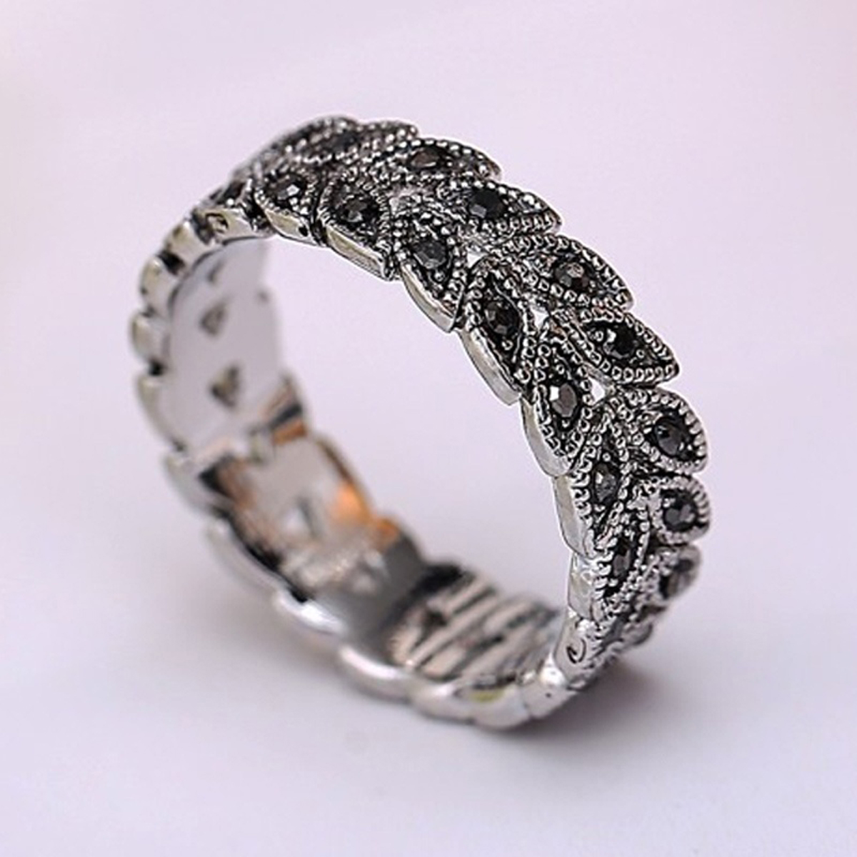 Vintage Silver Color Rhinestone Crystal Rings Shellhard Leaf Vine Wheat Band Ring for Women Men female