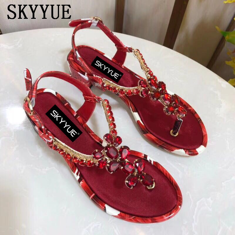2018 New Genuine Leather Bling Bling Crystal Beading Women Summer Sandals Sexy Open Toe Buckle Strap Women Low Heel Sandals Shoe
