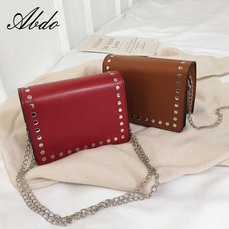cd33b95111 2019 new fashion trend spring ladies small fresh rivet small square bag  simple shoulder Messenger bag