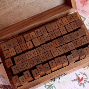 Livraison gratuite 70 pièces/set timbres en bois AlPhaBet chiffres et lettres sceau Anglais forme standardisée timbres avec boîte en bois extérieure