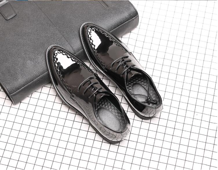 Patent Leather Oxford Men Dress Shoes Men Formal Shoes Pointed Toe Business Wedding Plus Size Lace-Up Carved Massage Sole Shoes new 2018 fashion men dress shoes black cow leather pointed toe male oxfords business shoes lace up men formal shoes yj b0034