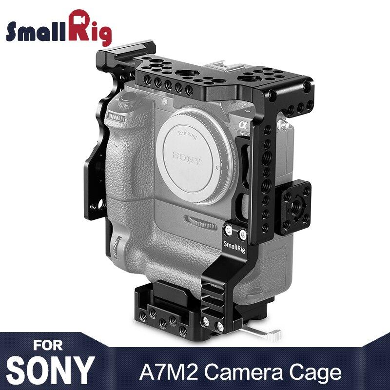 SmallRig A7M2 Gabbia Fotocamera per Sony A7II/A7SII/A7RII con Battery Grip Con La Nato Ferroviario Arri fori di Posizionamento per il FAI DA TE Opzione 2031