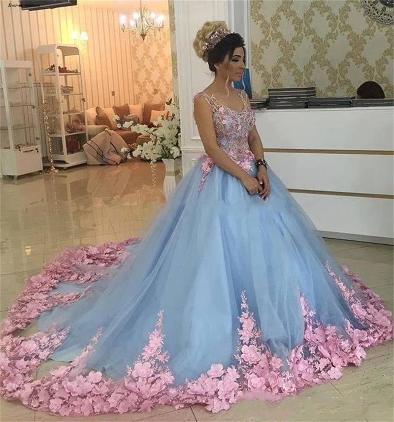 2019 Ball Gown Light Sky Blue Quinceanera Dresses Pink 3D Flowers Appliques V-Neck Sleeveless Special Party Gowns For Sweet 16