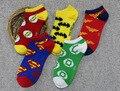 ¡ CALIENTE!! nuevo estilo colorido superman héroes famosos batmen calcetines encantadores de las mujeres de dibujos animados lindo calcetines marca calcetines ocasionales de la buena calidad