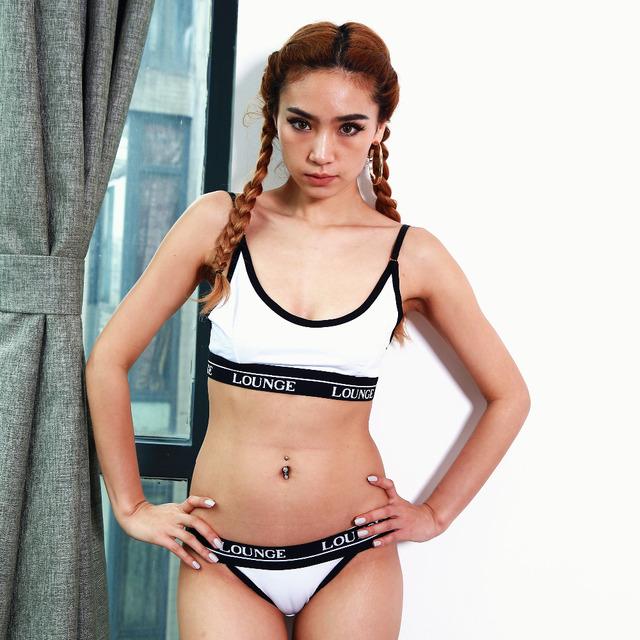 CINOON 2017 Brand Bra & Brief Sets Underwear Set Lingerie Women sexy bra and panty sets Sportswear Black White