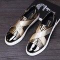 2017 de Alta Calidad de Cuero Genuino Serpentina Hombres Holgazanes Hombres Zapatos de Cuero Suave, Mocasines Hombre Marca Planos de Los Hombres de Oro Negro