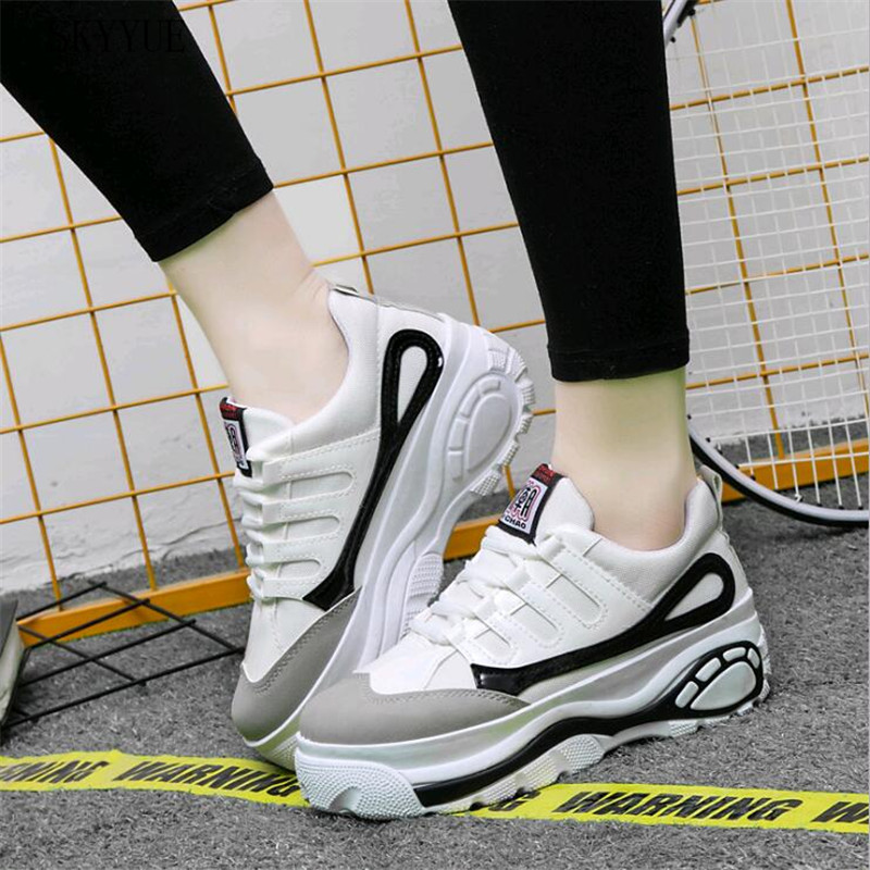2018 Fashion Sneakers Women Casual Shoes Woman Lighweight Flats Shoes Female Solid Lace-Up Basic Shoes