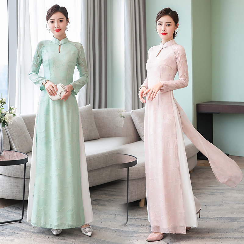 Long sleeve lady elegant traditional Vietnam Ao Dai dress