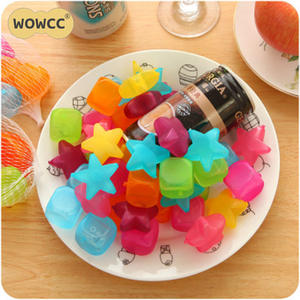 WOWCC 20pcs Star And Square Shaped Ice Cubes Plastic Reusable Multicolour Ice Cube Physical Cooling Tools Party Tool