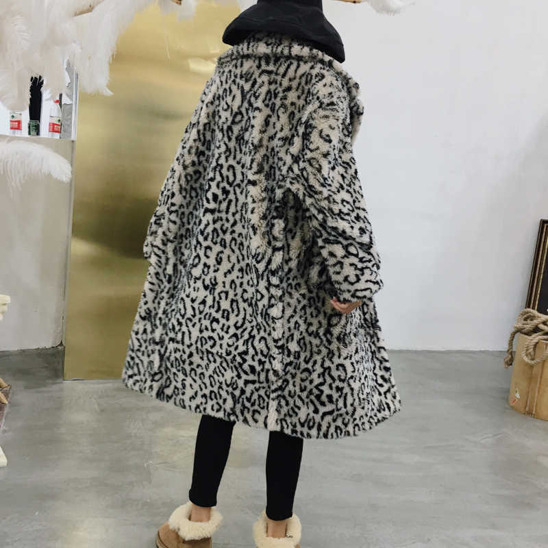 9a72854fd673 ... Luxury Fashion Leopard Long Teddy Bear Jackets Coats Women 2018 Winter  Thick Warm Outerwear Brand Fashion ...