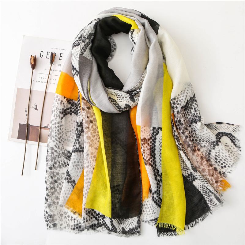 2019 Leopard Striped Patchwork Fringe Viscose Hijab   Scarf   Maxi   Wrap     Scarves   Headhand Shawls Muslim Islamic Autumn Winter   Scarves