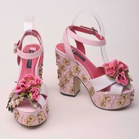 2018 newest beautiful pink flower decorations platform sandal for woman open toe crystal rivets thick heels summer sandal white