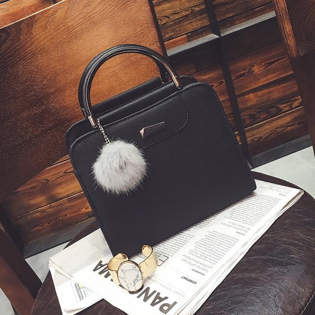 2018 À La Mode Style Givré Cuir Femme Petit Sac Carré De Mode Sauvage Femme  Épaule 903b4b9815e8