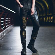 лучшая цена Fashion brand spring and summer hand-painted personality trousers thin section non-mainstream explosion models black jeans men