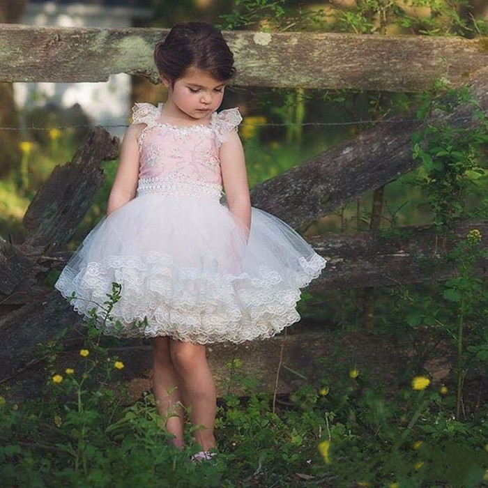 Lovely pink and white lace appliques short flower girls dress cap sleeves cute first communion gown wedding birthday party dress light peach allover lace three fourth sleeves dress pink