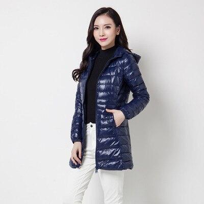 Зимняя женская куртка, новинка, тонкий пуховик с капюшоном, женский теплый пуховик, ультра легкие куртки, портативная парка на утином пуху, 6XL - Цвет: Navy blue
