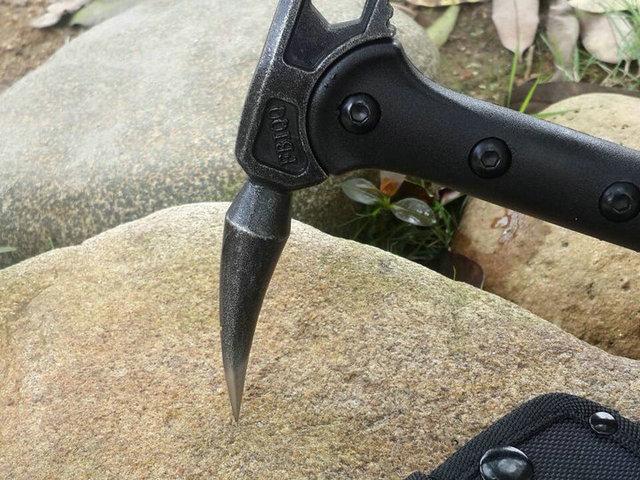 FBIQQ Tactical Axe Tomahawk Army Outdoor Hunting Camping Survival Machete Axes Hand Tools Fire Axe Hatchet Axe/Ice Axe 6