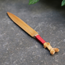 The best tea bamboo carving knife six gentleman tea kit four piece bamboo needle tea clips teaspoon