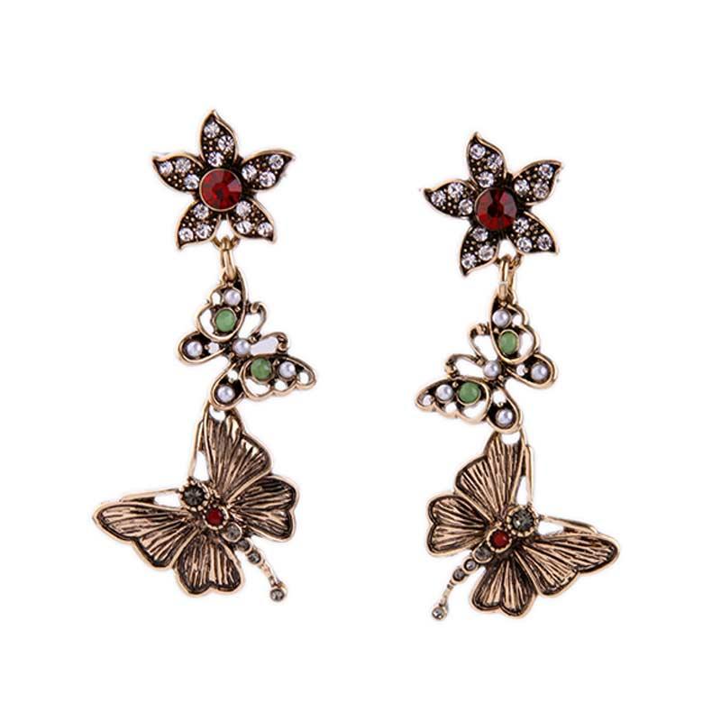 87662628d62b Diseño de marca de La Vendimia Simulado Perlas Pendientes para Las Mujeres  Encantadoras Elegantes Flores y Mariposa Joyería Del Partido Cuelga Los ...