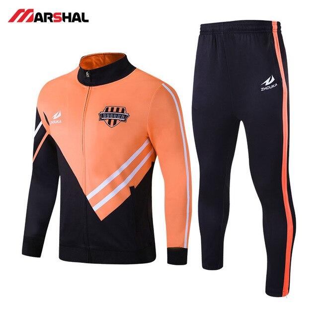 6f9ca28da7f52 Nuevo diseño popular para ropa deportiva equipo de fútbol chándal de  poliéster para hombre Pantalones de