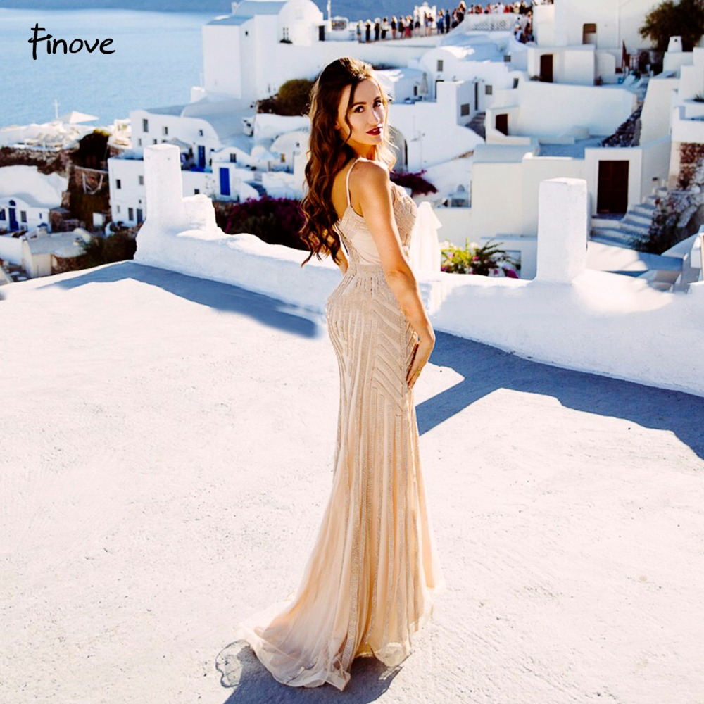 Finove Champagne robes de soirée 2019 élégant col en v sans manches Sexy formel cristal perles fête longues robes de bal pour femme