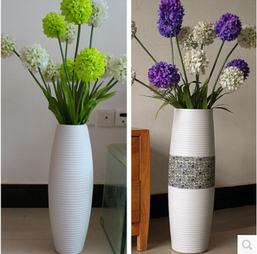 European Sitting Room Of Large Modern Fashion Ceramic Vase Lucky