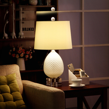 Modern Fashion Decoraction E27 110V/220V The Pineapple Shape Table Lamps  With Crystal Base For Bedroom/Living Room Lighting