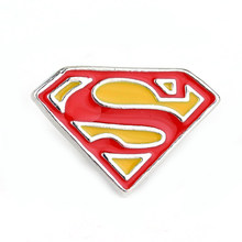 "Mar Avengers Superhero Superman Bros Wanita ""S"" Logo Enamel Pin Lapel Pin Pria Perhiasan Jilbab Pin BTS Acessorios(China)"