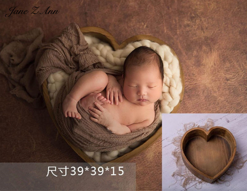 Jane Z Ann Newborn baby photography props handmade wood heart-shaped box studio shooting accessories 43x43x11.5cmJane Z Ann Newborn baby photography props handmade wood heart-shaped box studio shooting accessories 43x43x11.5cm