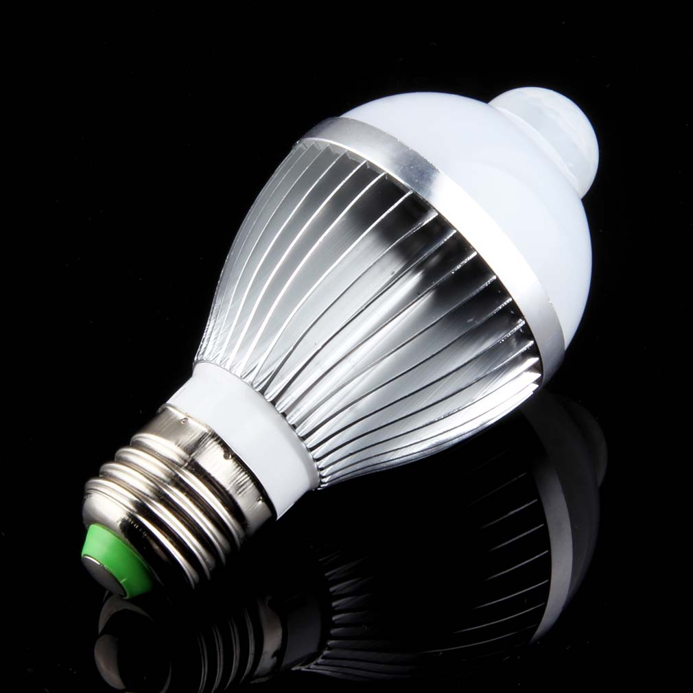 Smart Lamps LED sensor light bulb Motion detecter E27 7W white/warm white Infrared PIR auto switch led Stairs light